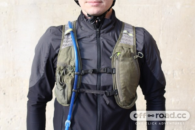 Camelbak-Chase-bike-vest-review-100.jpg