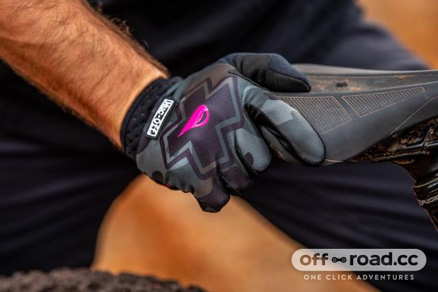 muc-off Camo_Gloves
