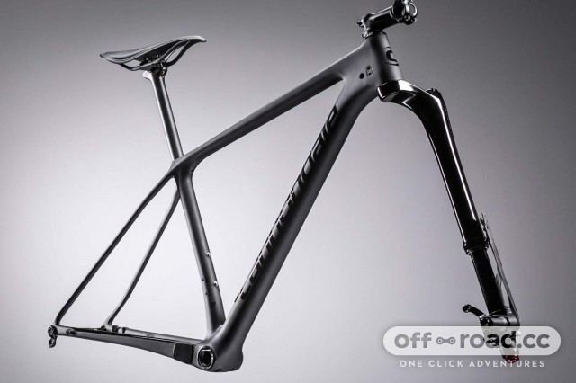 Cannondale-F-Si-Lefty-Ocho-Carbon_carbon-xc-race-hardtail-mountain-bike_single-sided-single-crown-100mm-fork-strut_frameset.jpg