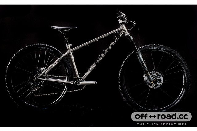 48d029b48db0 Cotic launch new flagship titanium hardtail the SodaMAX
