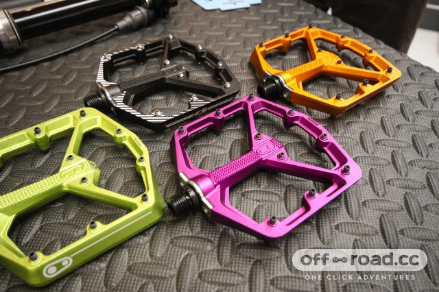 Crank Brothers Stamp pedals new colours.jpg