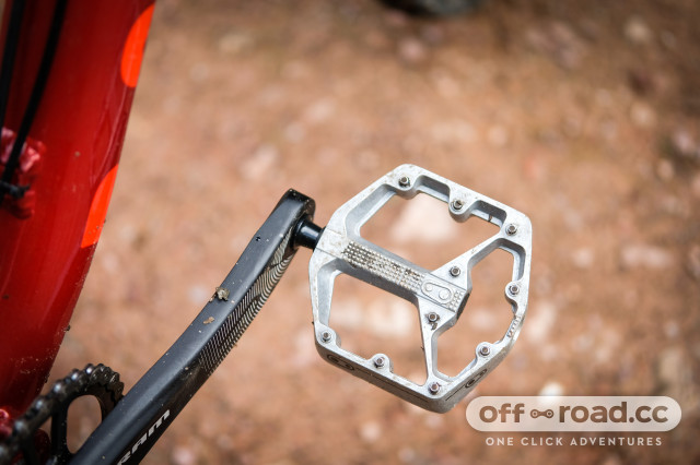 Crankbrothers Stamp 2 flat pedals small-1.jpg