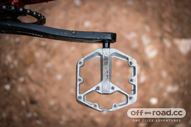 Crankbrothers Stamp 2 flat pedals small-5.jpg