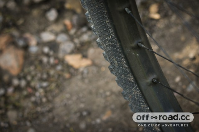 Crankbrothers Synthesis E11 Carbon Wheelset-16.jpg