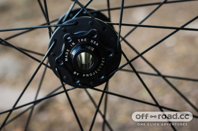 Crankbrothers Synthesis E11 Carbon Wheelset-3.jpg