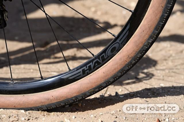 Halo Vapour GXC gravel wheelset
