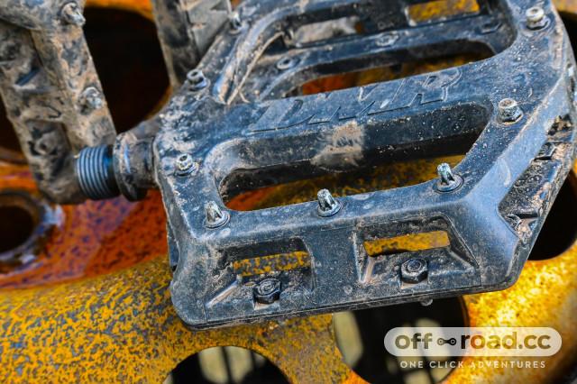 DMR-V11-flat pedal-review-101.jpg