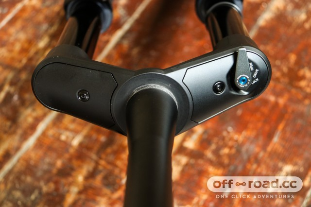 DT Swiss F535 One fork first look-3.jpg