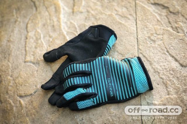 Dakine Covert Gloves Women-3.jpg
