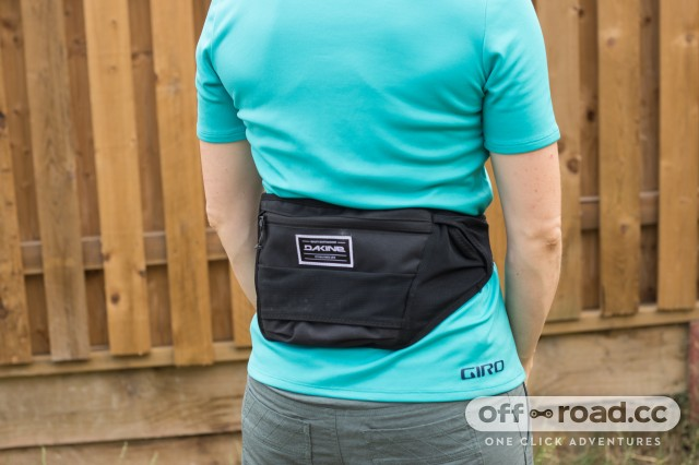 Dakine Hot Laps Stealth Waist Pack-10.jpg