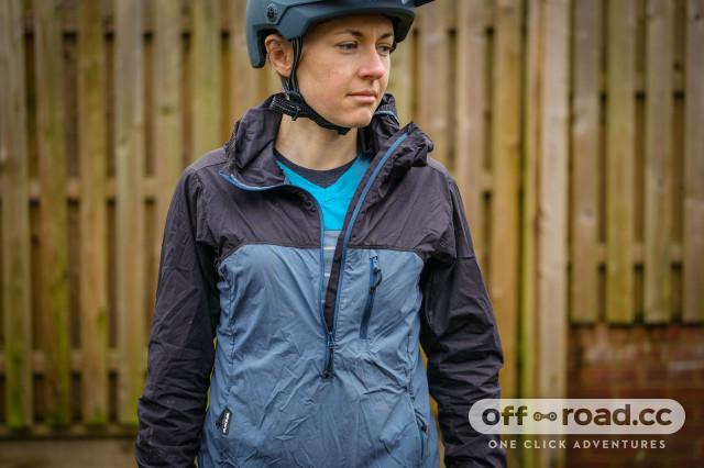 Dakine Reserve women's windbreaker jacket-2.jpg