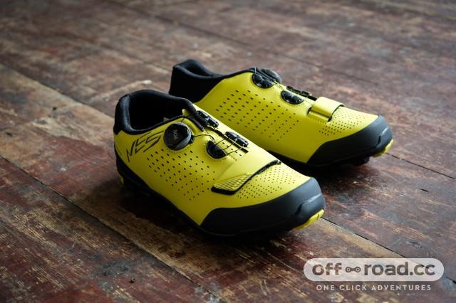 cool things Shimano ME5 shoes-4.jpg