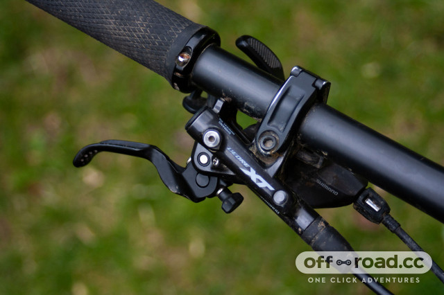 Deore XT 2020 review Brake and shifter.jpg