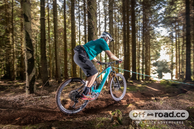 EX-Enduro-e-bike-racing-2019-101.jpg