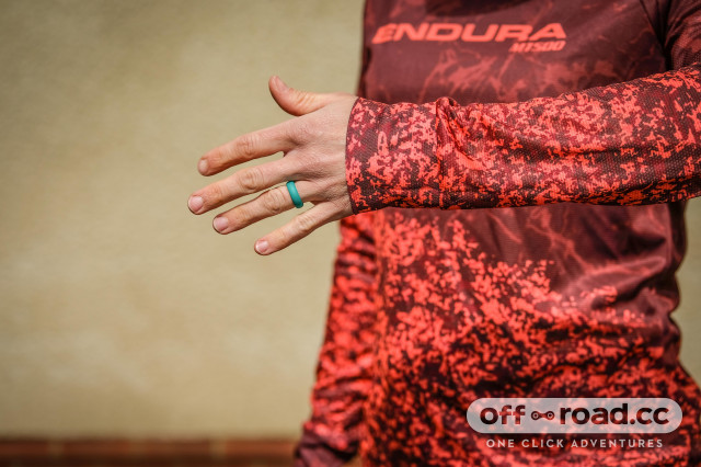Endura MT500 women's jersey-7.jpg