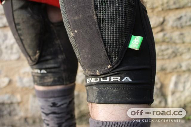 Endura MTR Knee Guard-4.jpg