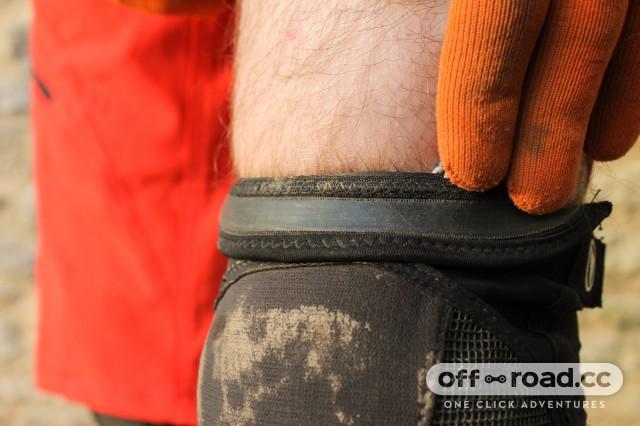 Endura MTR Knee Guard-6.jpg