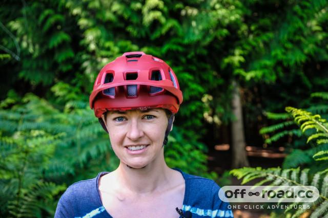 Endura Singletrack helmet-2.jpg