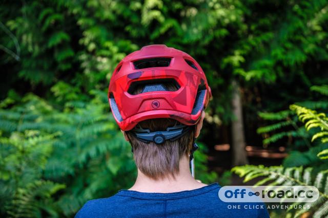 Endura Singletrack helmet-4.jpg