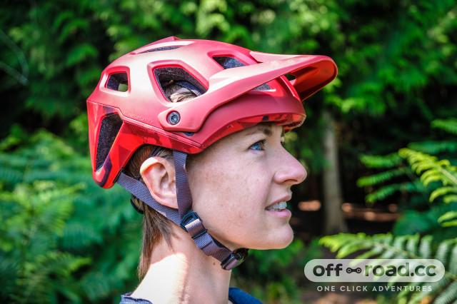 Endura Singletrack helmet-5.jpg