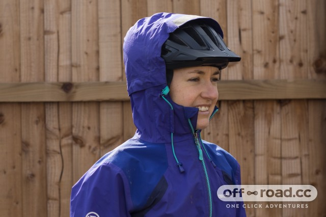 Endura Women's MT500 II Waterproof Jacket-2.jpg