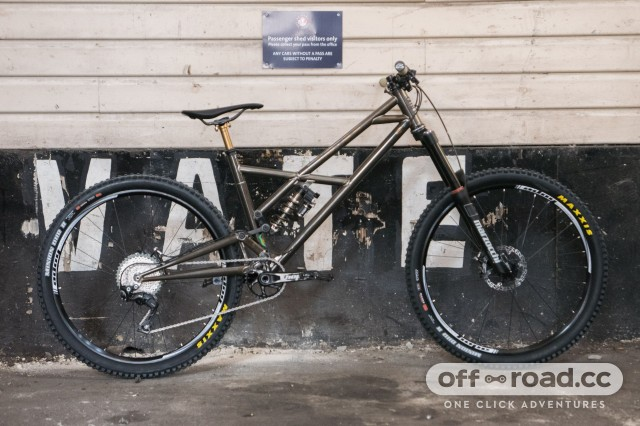 BT Pinner enduro bike