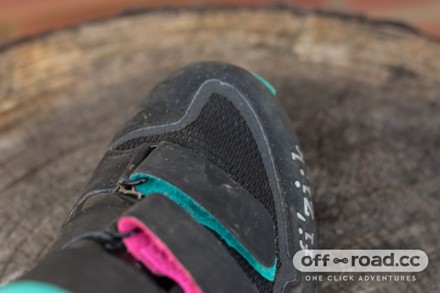 Fizik M6B Donna SPD Shoes-9.jpg