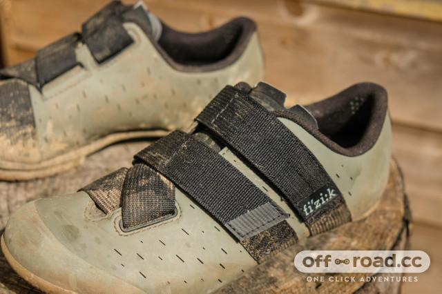 Fizik Terra Powerstrap X4 shoes-3.jpg