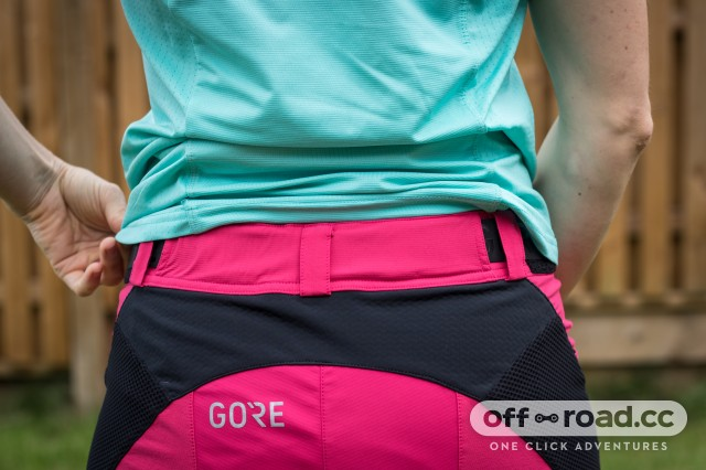 GORE Women All Mountain Shorts-8.jpg