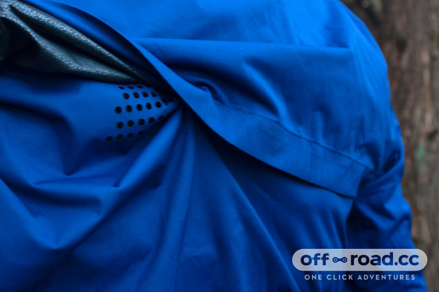 Giant-Proshield-MTB-Jacket-Review-5.jpg