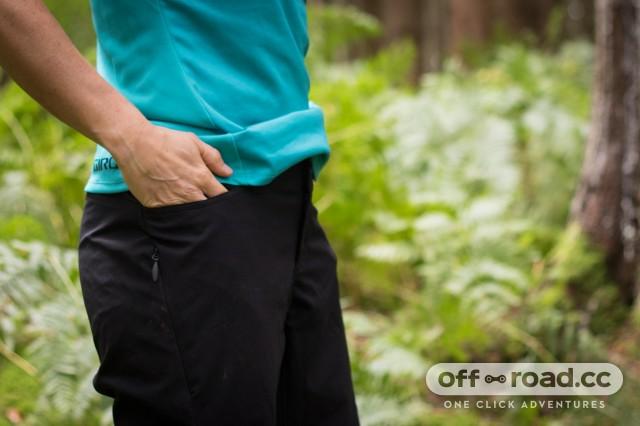Giro Arc Women's shorts-5.jpg