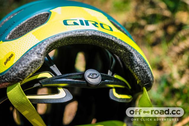 Giro Chronicle MIPS-9.jpg