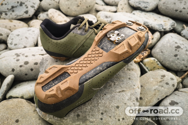 Giro Privateer Lace SPD shoes-2.jpg