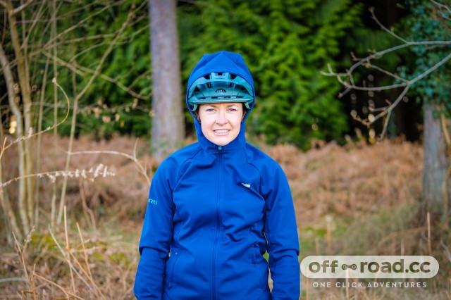 Giro Women's Ambient Jacket-3.jpg