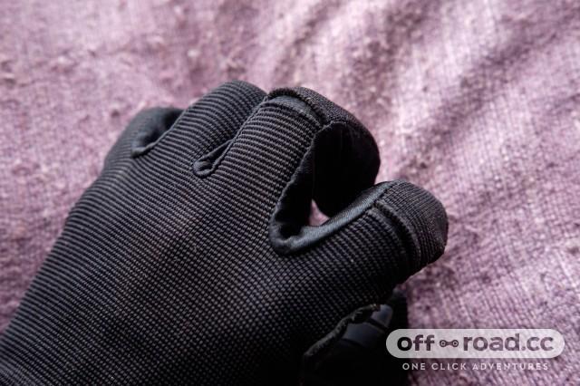 Giro-DND-Glove-3.jpg