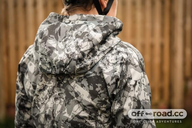 Gore C5 womens Windproof Camo hooded jacket-5.jpg