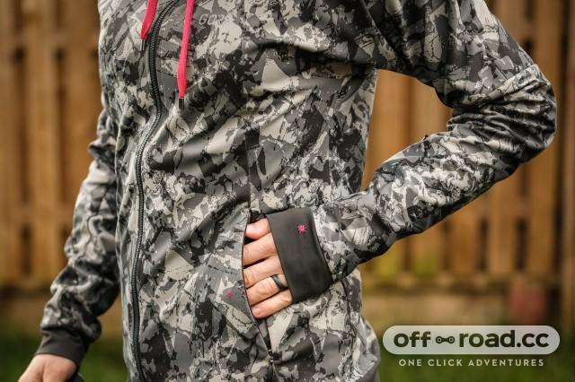 Gore C5 womens Windproof Camo hooded jacket-6.jpg