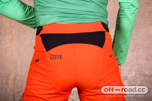 Gore-C5-All-Mountain-shorts-review-106.jpg
