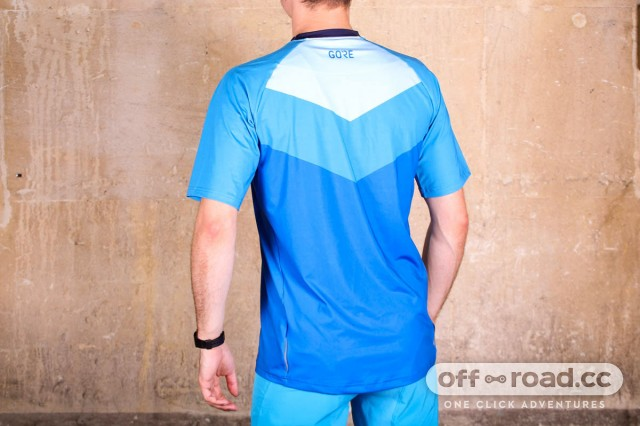 Gore-C5-Trail-short-sleeve-jersey-review-101.jpg