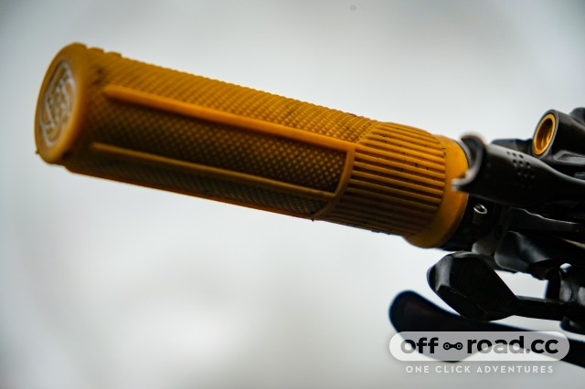 Gusset S2 Lock On Handlebar Grips Fits Bikes And Stunt Scooters