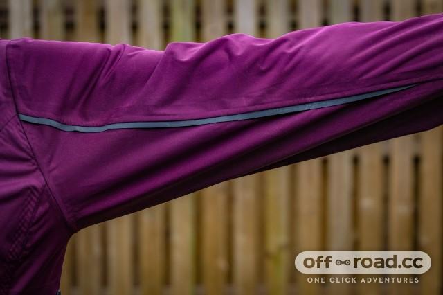 ION 3 Layer Women's Scrub Amp Jacket-9.jpg