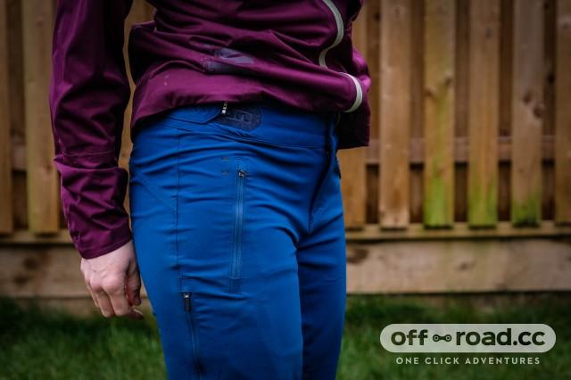 ION Softshell Shelter women's pants 2019-2.jpg