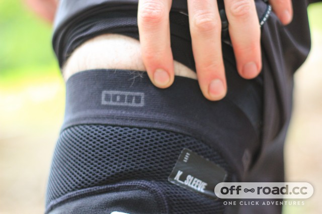 Ion K-Sleeve Knee Pads-2.jpg