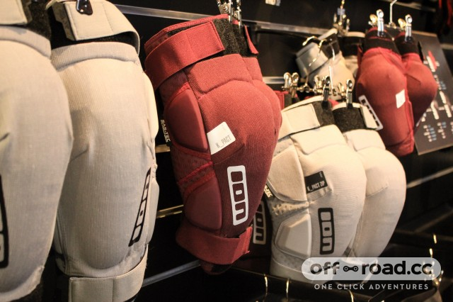 Ion knee pads -1.jpg