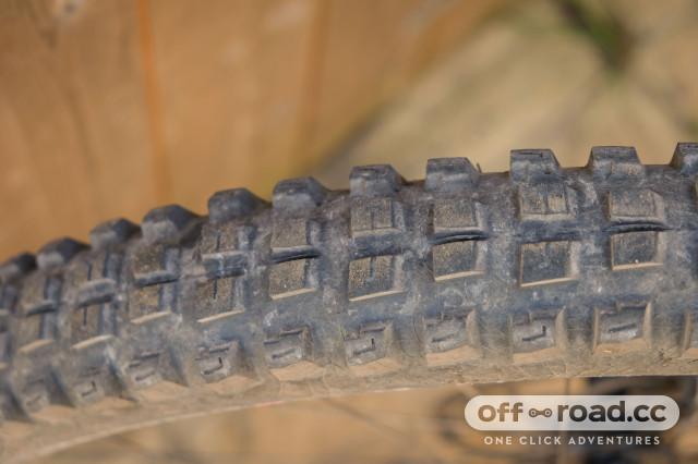 Tubeless Folding AGC Black Kenda Pinner Pro Tire 27.5 x 2.4