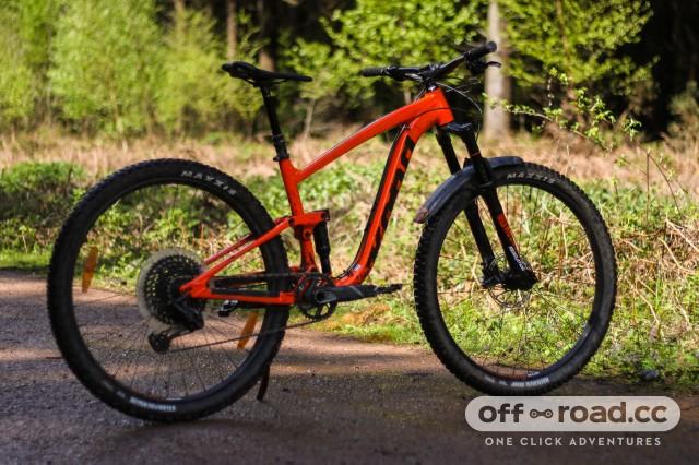 Kona Satori DL Detail Whole bike 2.jpg