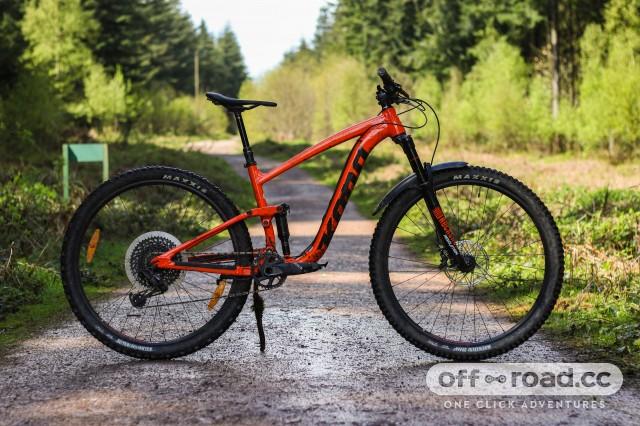 Kona Satori DL Detail Whole bike.jpg