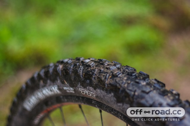 Kona Satori DL Detail rear tyre.jpg