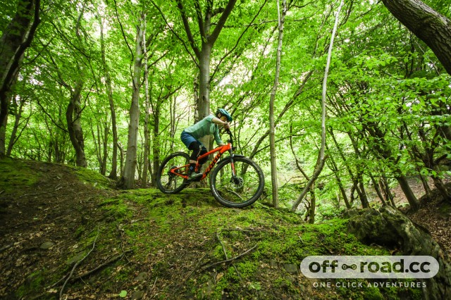 Kona Satori DL Riding-6.jpg