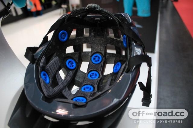 Leatt DBX 2.0 helmet-2.jpg